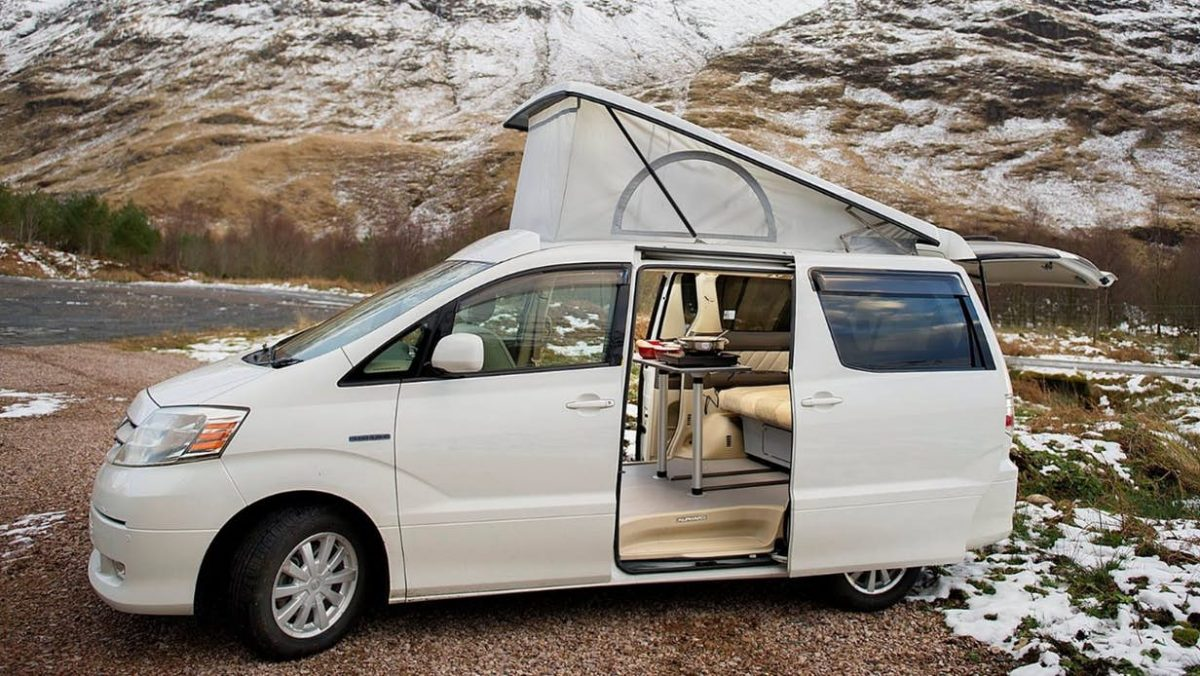 Bi-fuel hybrid camper van drives 1,000 miles and camps on pure battery power